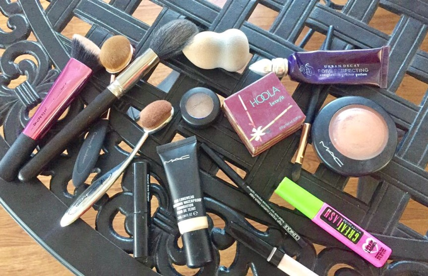 What's in my Makeup Bag/ Products I Use on a Daily Basis